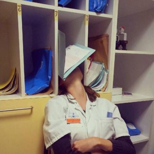 После оптимизации медучреждений зарплата акушера гинеколога в Вологде уменьшилась вдвое