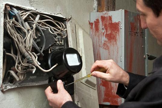 В Грязовце хозяйка лесоперерабатывающей фирмы украла электричества почти на 11 млн рублей