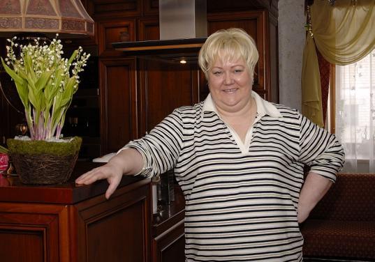 Драгоценности Антонины Ивойловой купила сельхозфирма, а оборудование - предприниматель из Барнаула