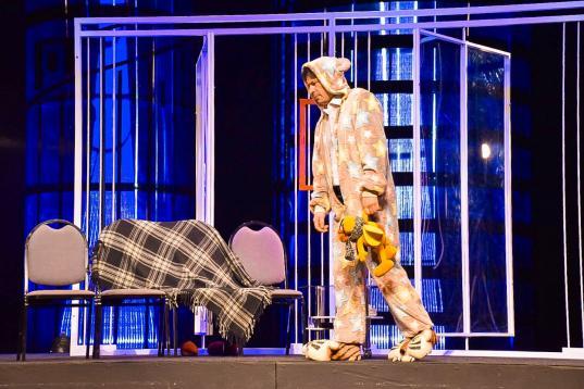 Вологодский драмтеатр приглашает зрителей на премьеру спектакля «Месье Амилькар, или Человек, который платит»