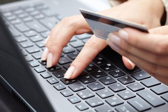 В Вологде осудили мошенника, который предлагал за вознаграждение вернуть потерянные вещи