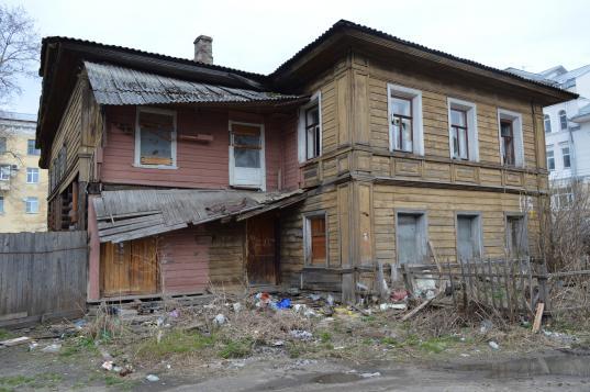 Деревянный домXIX века на улице Гоголя в Вологде признали выявленным памятником архитектуры