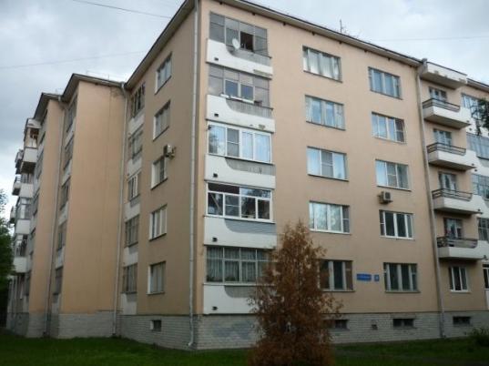 Контракты на ремонт 40 дворов в Вологде опять достались «Магистрали» и «Дорсервису»