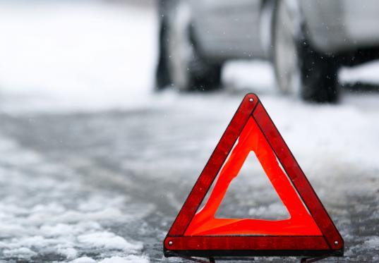 В Шекснинском районе ищут водителя, сбившего семью с семимесячным ребенком