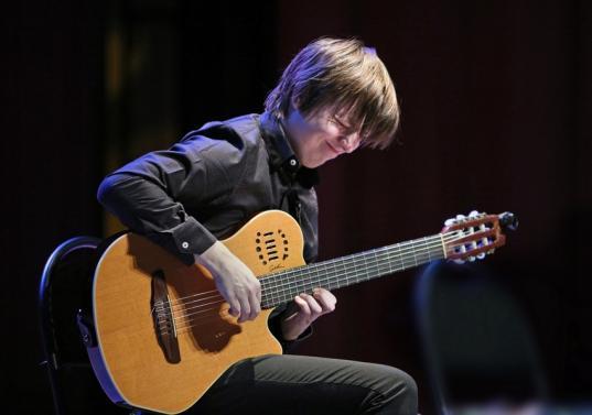 В Вологде пройдет концер гитариста, включенного в Книгу рекордов планеты