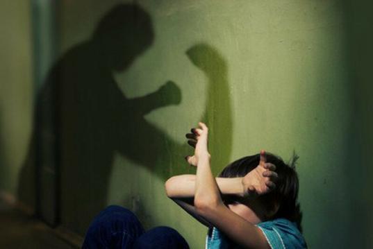 В Череповце мужчина избил своего 9-летнего пасынка