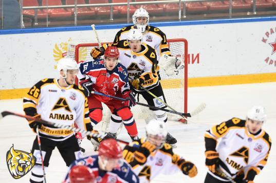 Череповецкий «Алмаз» дважды проиграл «Красной Армии» в плей-офф МХЛ
