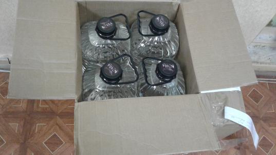 45 литров контрафактного алкоголя изъяли у водителя фуры в Череповце