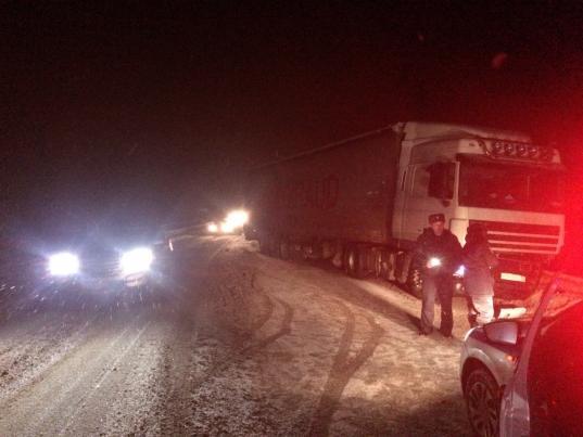 """В Грязовецком районе водитель """"Дэу"""" врезался в грузовик и погиб"""