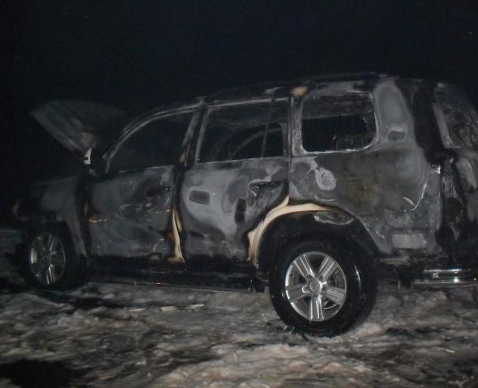 Двое череповчан купили сгоревшую иномарку и пытались получить за нее 4,3 млн рублей страховой выплаты