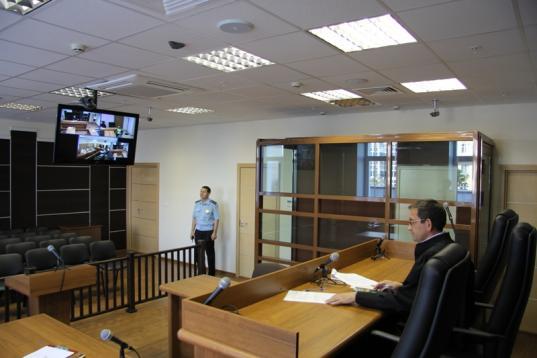 В Вологде городской суд начал рассматривать административные дела по видеосвязи