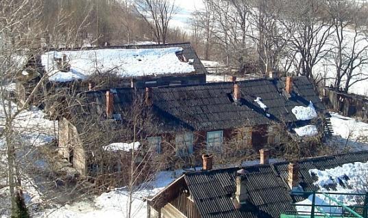 В Вологде при пожаре из-за курения в деревянном доме погиб пенсионер