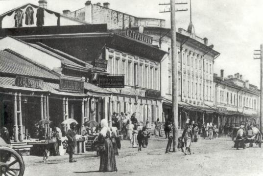 Пешеходную экскурсию «Без царя в голове» о Вологде начала XIX века проведет гид Нина Смелкова