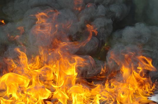 В Усть-Кубинском районе 61-летний мужчина погиб на пожаре из-за неосторожного курения