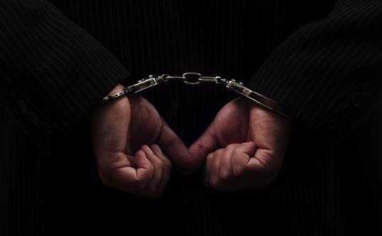 Череповчанина, домогавшегося 4-летней девочки, приговорили к восьми годам колонии