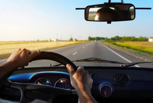 В Череповце перевозчика, у которого пассажиров возил лишенный прав водитель, оштрафовали на 100 тысяч рублей