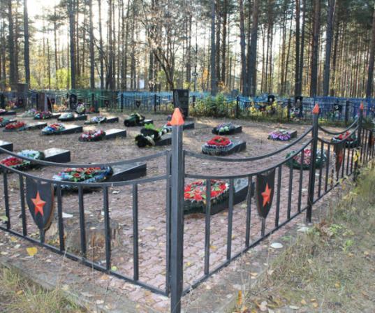 Администрация Кадуя задолжала 250 тысяч рублей по госконтракту о содержании кладбищ и памятников в поселке