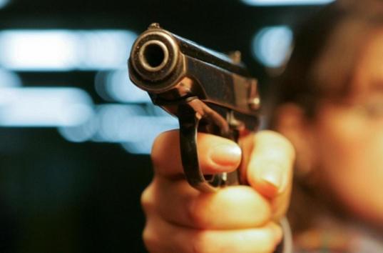 Житель Сокола убил знакомого выстрелом в голову из травматического пистолета