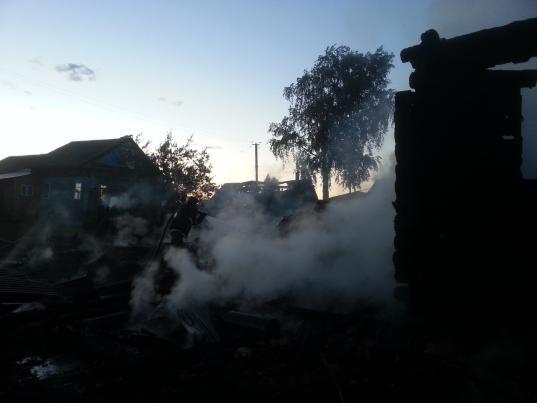 55-летний мужчина погиб на пожаре в Шекснинском районе