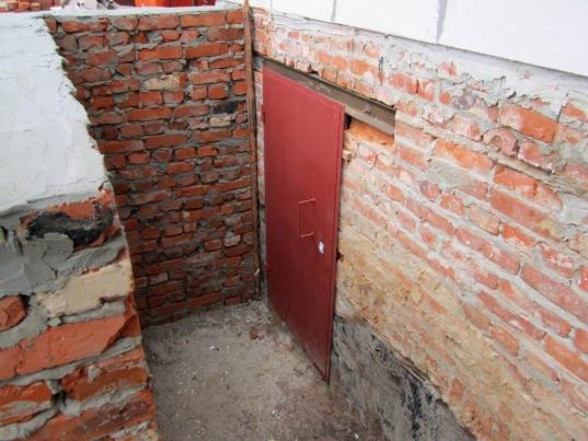 В Вологодском районе арестован сторож, который скрывал в подвале тело убитого знакомого