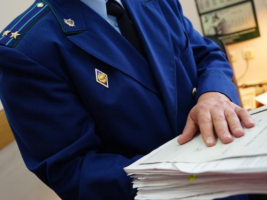 Вологжане могут пожаловаться на отсутствие контейнеров и проблемы с вывозом мусора через сайт прокуратуры