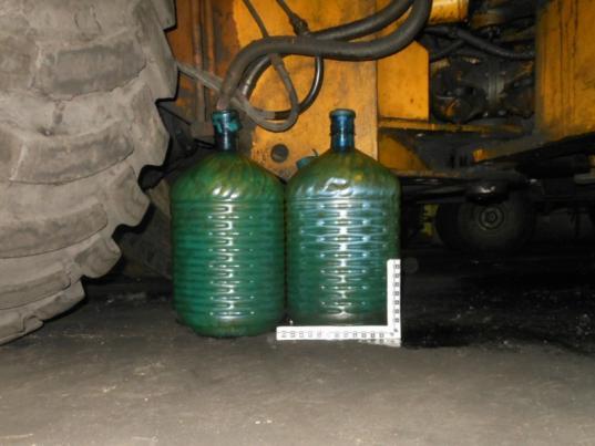 Трое жителей Череповца украли 800 литров топлива с предприятия