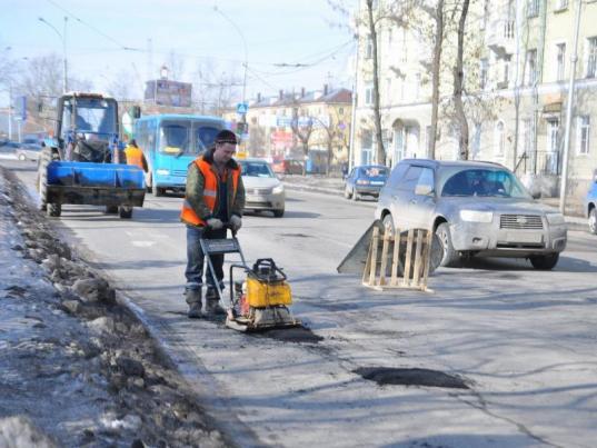 «Магистраль» и «Дорсервис» получат в 2019 году 417,5 млн рублей за ремонт улиц в Вологде