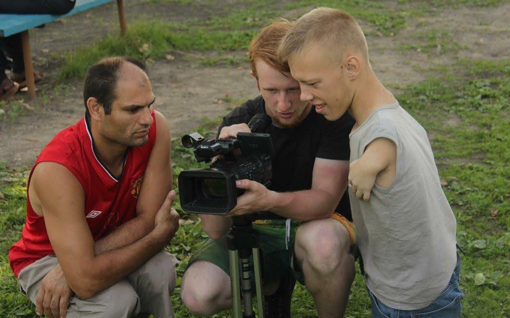 Московская киношкола собирает деньги на «новогоднюю сказку» для детей-сирот в Кадникове