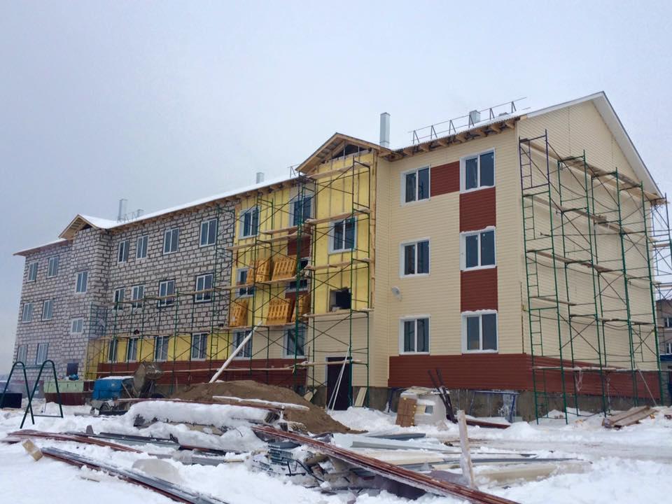 Сроки строительства дома для переселенцев в Стризнево вновь сорваны