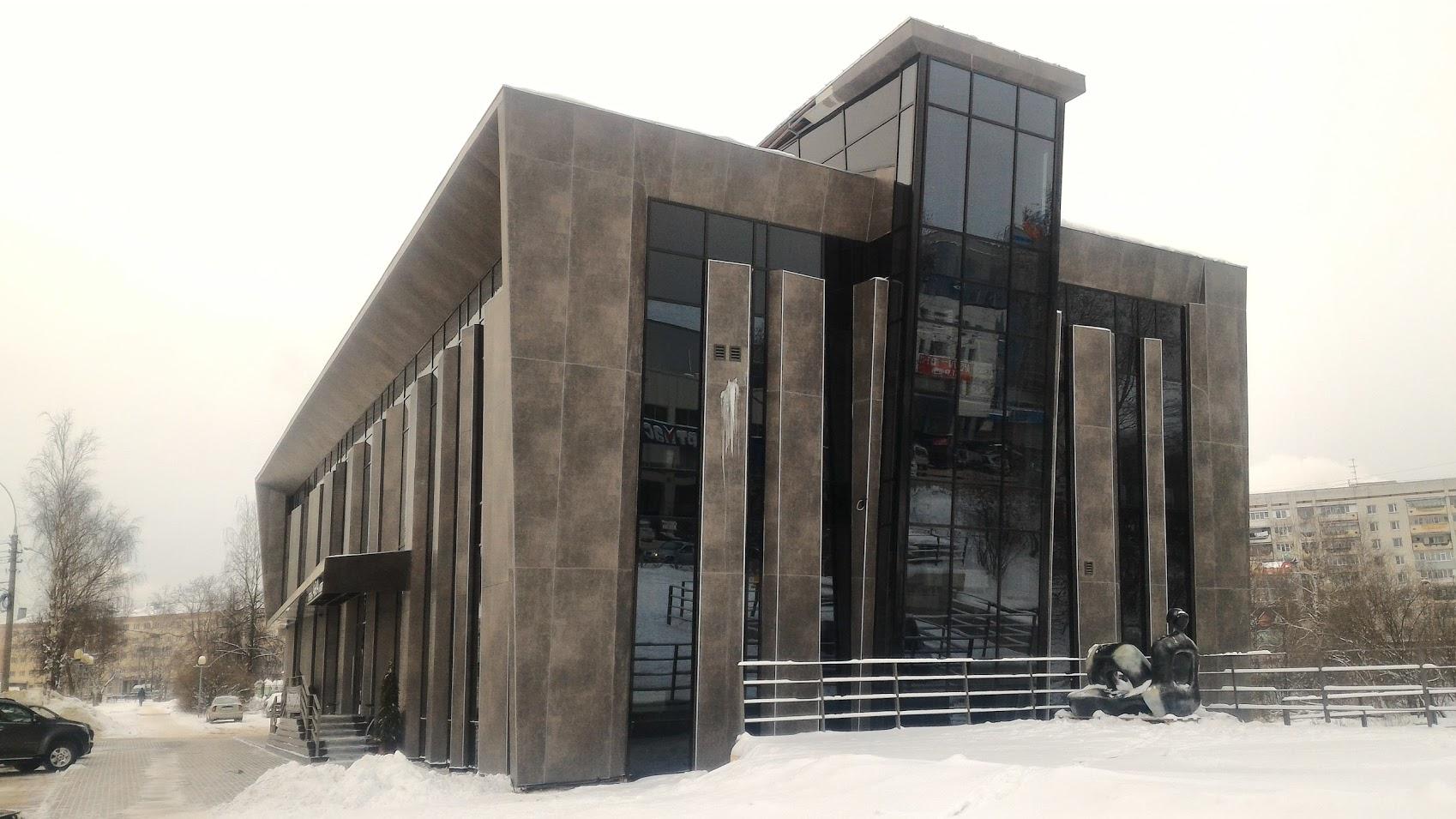 Самовольная «Ария»: Гостиницу в центре Вологды признали самовольной постройкой, но сносить не будут
