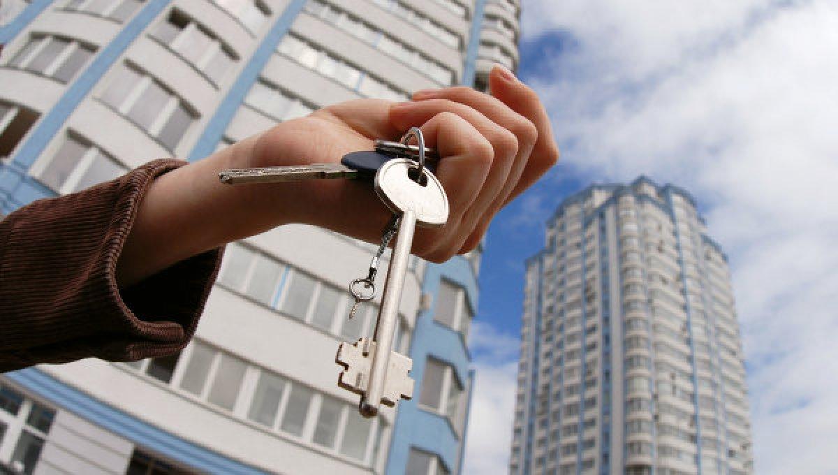 Четыре района Вологодской области не успевают переселять жителей из ветхого и аварийного жилья