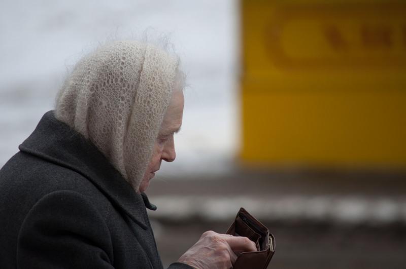 В Череповце вор разорил тайник пенсионерки в стиральной машине