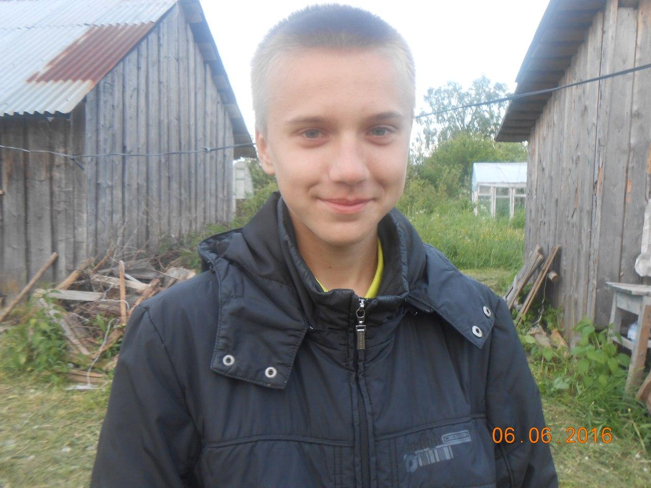 В Череповецком районе школьник спас тонущего в пруду 4-летнего мальчика