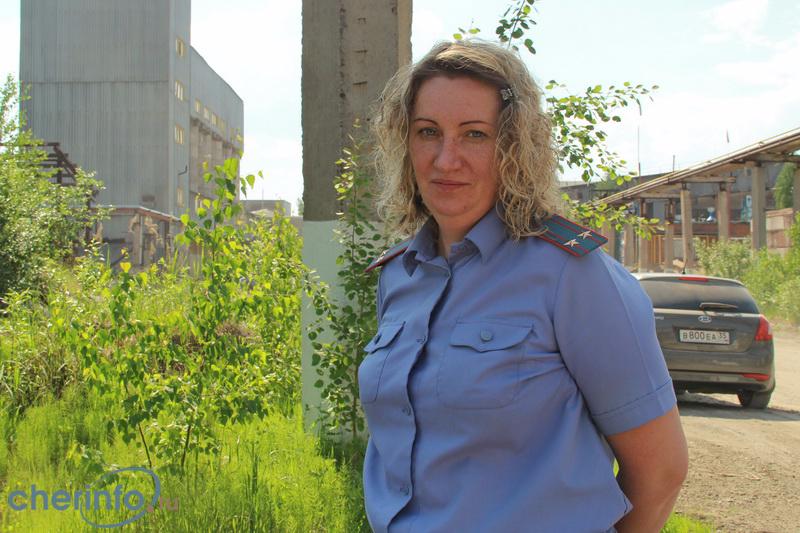 Осужденная завзятки экс-полицейская подожгла себя вчереповецком СИЗО
