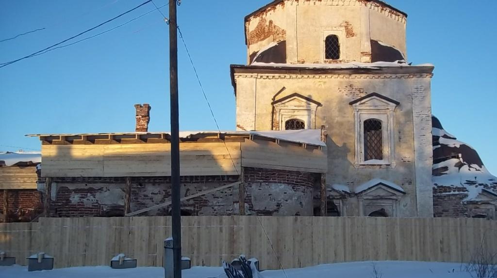Покровскую церковь XVIII века в Белозерске законсервировали только по решению суда