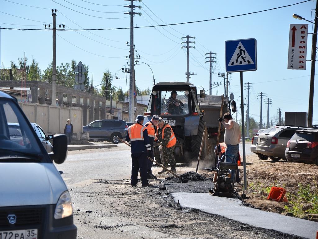 В Вологде отремонтировали почти 70 тысяч кв. м. дорог и тротуаров