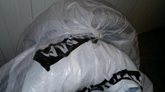 Пакеты для шин стоят по 15 рублей за штуку
