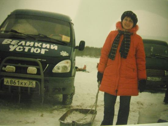 мы даже с Дедом Морозом на своих машинах вместе и сфотографировались!