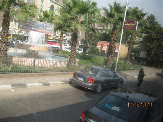 Фотомобиль: на улицах Каира