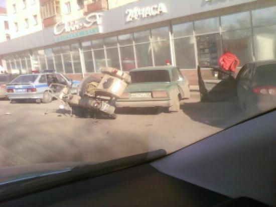 Ирина и фото аварии у магазина «Аллея»