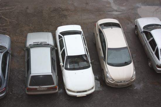 Кто их ТАК учил парковаться???