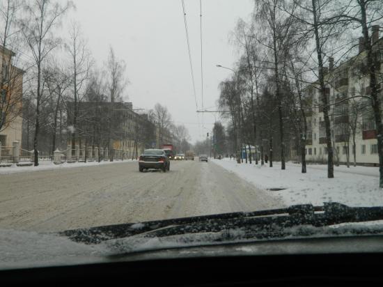 Улица Горького, слева - музыкальный колледж.