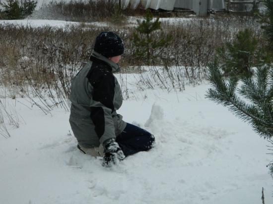 И строить замки. Пусть не из песка, но хотя бы из снега:)