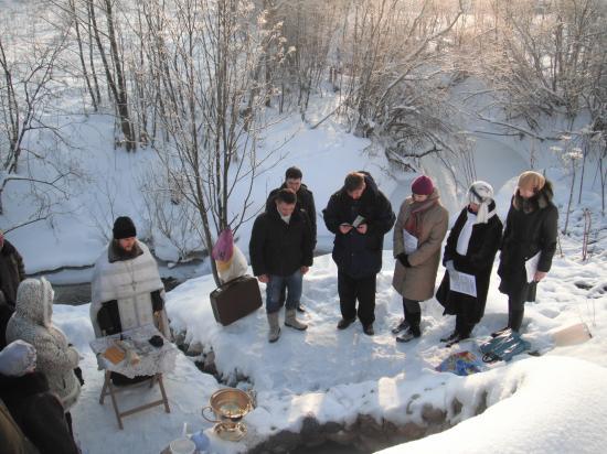 Освящение воды на источнике. 19 января 2012 года