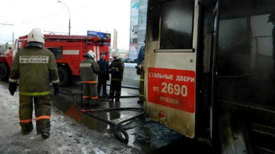 Возгорание в моторном отсеке рейсового автобуса