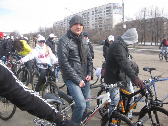 на фото Илья Максимов (режиссер таких мультфильмов как «Карлик Нос», «Алеша Попович и Тугарин Змей»)