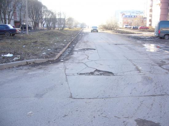 Вологодская колдобина: состояние дорог в районе Бывалово - улица Ярославская и участок улицы Новгородская