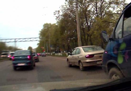 столкновение двух автомобилей