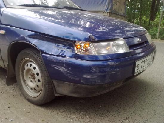 Авария ВАЗ 2114 и ВАЗ 2110
