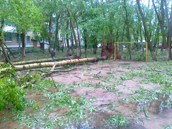 Последствия грозы на ул. Казакова
